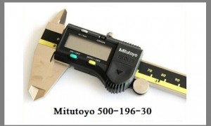 Mitutoyo 500-196-30 Digital Caliper Fairly Good But Poor Casing