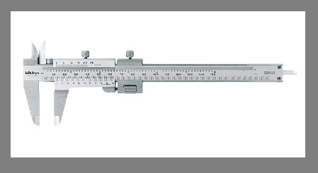 Vernier Calipers With Fine Adjustments